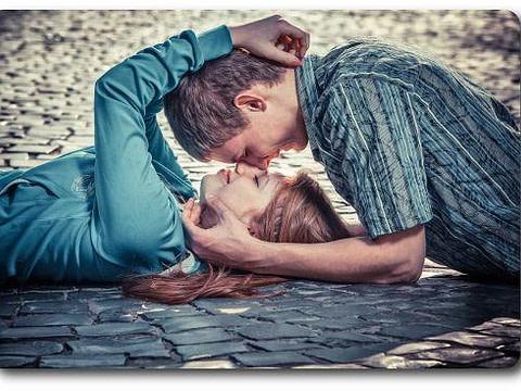 Какова основа отношений мужчина-и-женщина