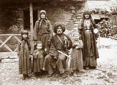 * Грузия уважает и соблюдает традиции, родовые принципы и законы предков. Хевсуры. ***